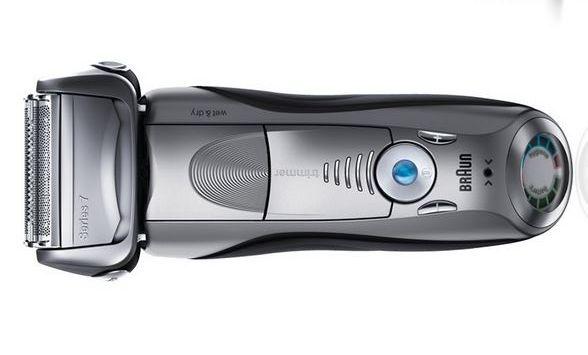 Braun series 7 790cc 4 electric shaver facing up