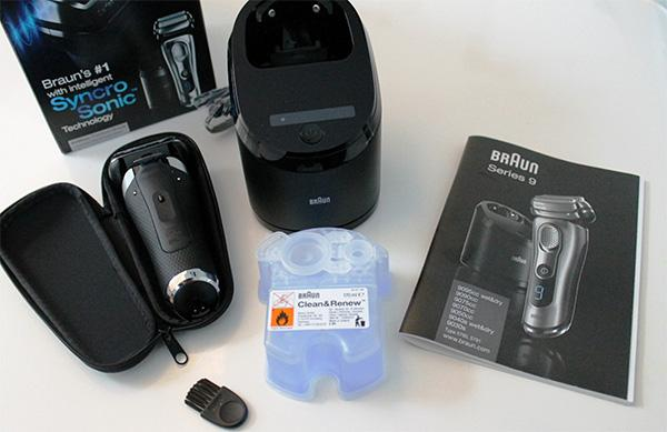 contents of the box of Braun series 9 9095cc